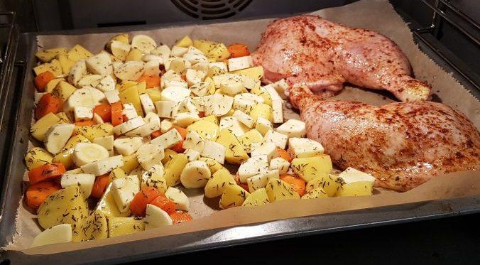 Tandoori-Hähnchen mit Ofengemüse