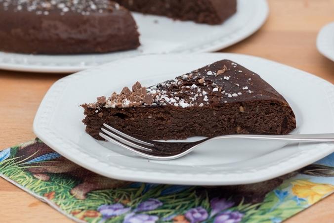 Saftiger Mandel-Schoko-Kuchen aus der Pfanne