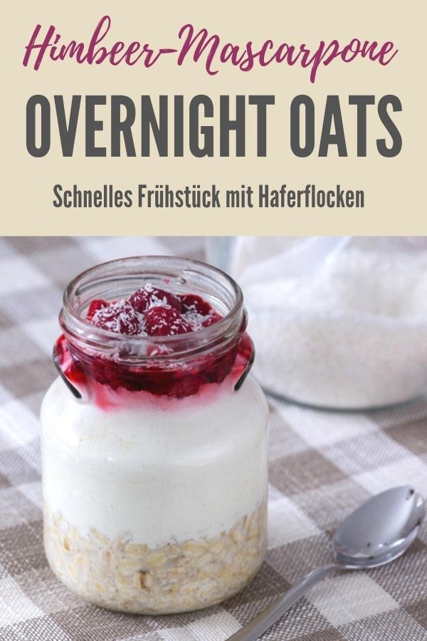 Pinterest-Bild zum Rezept Himbeer-Mascarpone Overnight Oats, im Glas, Ansicht von vorne